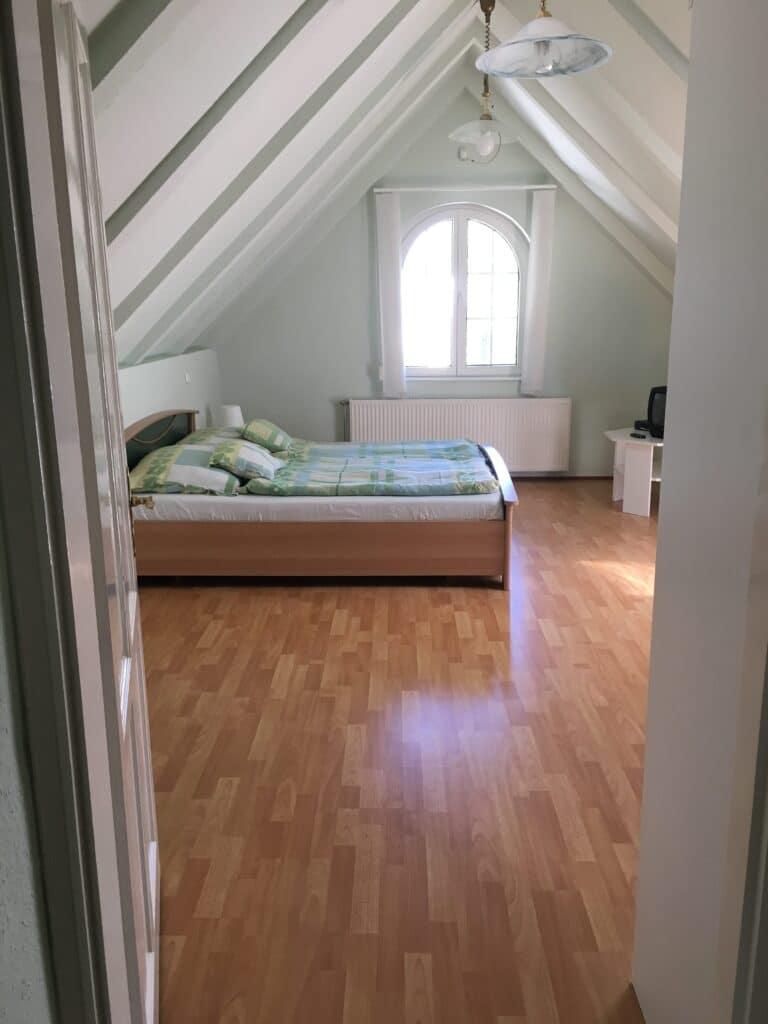 Meiszter Villa Balatonlelle, emeleti szoba.